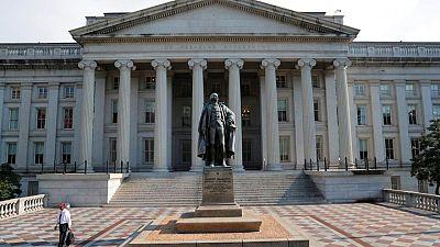Retornos bonos Tesoro EEUU se mantienen en rango estrecho tras datos