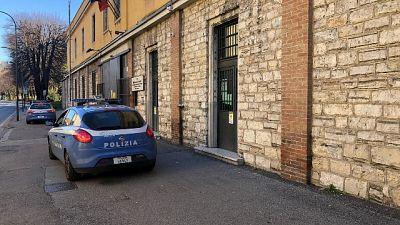 E' accaduto a Brescia, i due non sono gravi