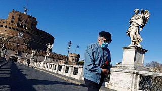 إيطاليا تسجل 11 وفاة جديدة بفيروس كورونا و2898 إصابة