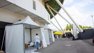 Inaugura l'hub all'Unipol Arena, obiettivo duemila al giorno