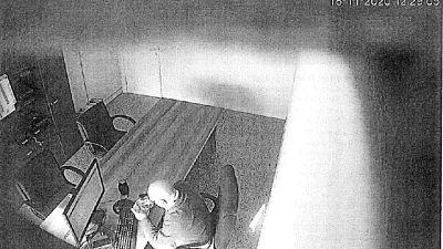 E' ascoltato in queste ore dal pm Pontrera nel carcere di Lecce