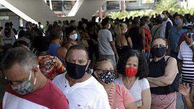 Brasil supera los 15 millones de casos de COVID-19; muertes alcanzan las 416.949
