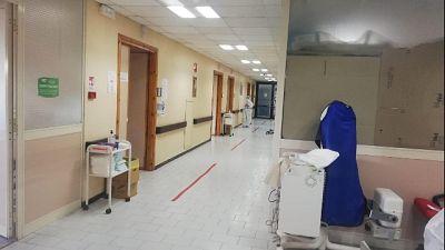 In calo i ricoveri ospedalieri (-65) e le terapie intensive (-3)