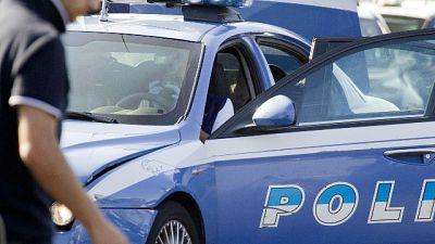 Operatori gioco legale da Campania, bloccati in area di servizio
