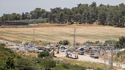 مقتل فلسطينيّين وإصابة ثالث بعد إطلاقهم النار على قاعدة إسرائيلية بالضفة