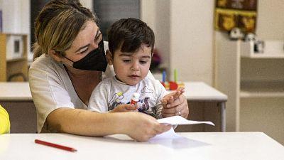 Rapporto Save The Children, più dura crescere un figlio al Sud