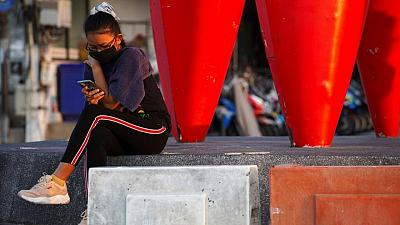 تايلاند تسجل 2419 إصابة جديدة بكورونا و19 وفاة