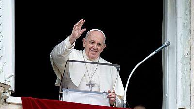 El Papa Francisco respalda eximir de derechos de propiedad intelectual a vacunas para el COVID