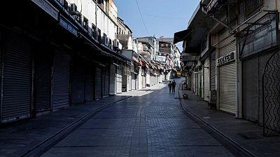إصابات كورونا اليومية في تركيا أقل من 20 ألفا لأول مرة منذ منتصف مارس