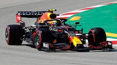 Checo Pérez dice sintió dolor en el hombro durante clasificación Gran Premio de España