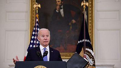 Gobierno de Biden protegerá a gays y transgéneros de discriminación en sistemas de salud: HHS
