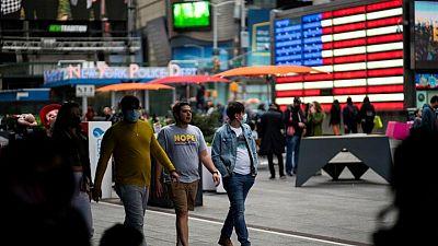 """Mentalidad pandémica"" persiste entre consumidores globales: sondeo"