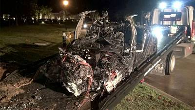 Automated steering 'not available' on Texas road where Tesla crashed -NTSB