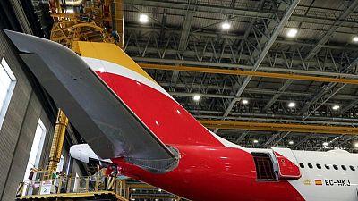 El grupo de aerolíneas IAG lanza bonos convertibles por 800 millones de euros