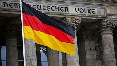 La remisión de la tercera ola del virus aumenta la confianza de los inversores alemanes