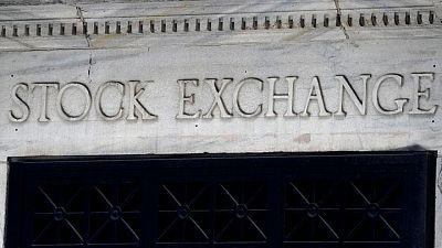 MERCADOS GLOBALES-Acciones de EEUU extienden recuperación, dólar y rendimientos bonos EEUU caen