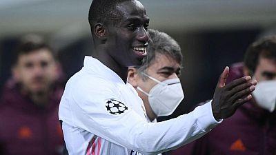 La baja de Mendy para el resto de temporada agrava la crisis de lesiones del Madrid