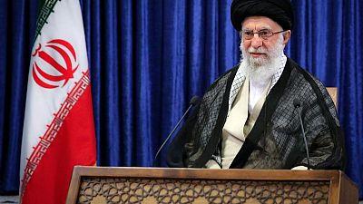 """الزعيم الأعلى الإيراني يحث الفلسطينيين على تعزيز قوتهم للتصدي """"لوحشية"""" إسرائيل"""