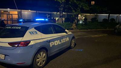 E' successo nel quartiere del Pilastro, indagini della Polizia