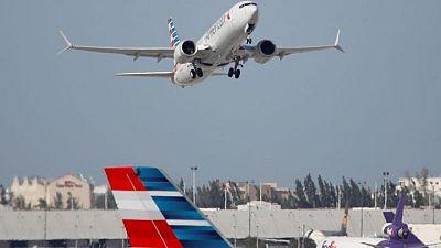 """Jefe de la FAA ver arreglo """"sencillo"""" a falla eléctrica del Boeing 737 MAX"""