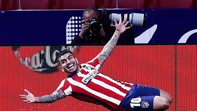 Atlético de Madrid vence a Real Sociedad y se acerca al título de liga en España