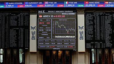 Ibex cierra con ínfimas ganancias mientras espera datos de EEUU