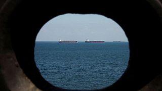PETRÓLEO-Precios del barril suben ante signos de escasez de suministros
