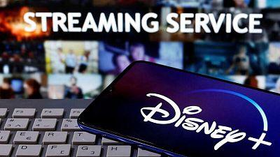Crecimiento del streaming de Disney decepciona; ganancia supera previsiones