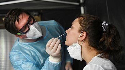 معهد: ألمانيا تسجل 7894 إصابة جديدة بكورونا