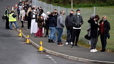 El Reino Unido está preocupado por la variante india del coronavirus, según Johnson