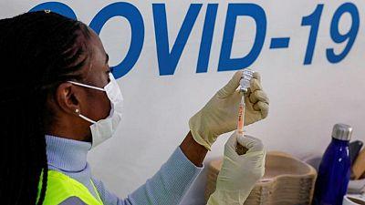 Reino Unido retoca la campaña de vacunación para hacer frente a la variante india