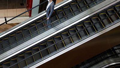 La bolsa de Singapur sufre tras la imposición de más restricciones por el virus