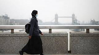 بريطانيا تسجل أعلى عدد إصابات يومية بكوفيد-19 منذ منتصف يناير