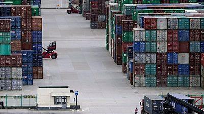 Inflación reciclada: exportadores chinos traspasan aumento de costos a consumidores en el mundo