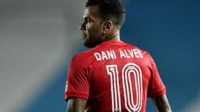 DT de Brasil vuelve a llamar a Dani Alves para eliminatoria al Mundial