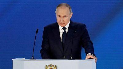 """Putin dice que Ucrania se está convirtiendo en """"anti-Rusia"""", promete respuesta"""