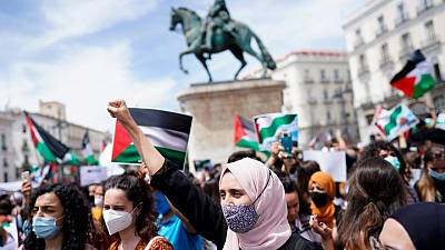 Thousands of people join protest in Madrid in support of Palestinians