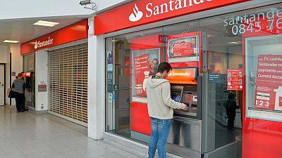 Banco Santander advierte de dificultades técnicas a sus clientes en Reino Unido