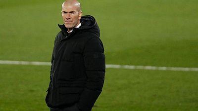"""Un Zidane en modo zen dice que """"solo se centra en el presente"""" en el Real Madrid"""