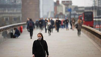 بريطانيا تسجل 2027 إصابة جديدة بكورونا و7 وفيات