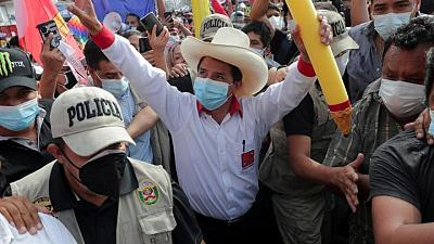 Candidatos peruanos a balotaje se encuentran en empate técnico, según simulacro de votación
