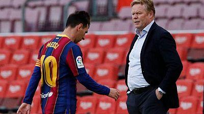 Koeman guarda silencio sobre futuro en el Barça, ansioso porque Messi continúe