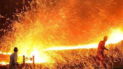 China April crude steel output hits record despite production controls
