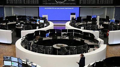 التفاؤل حيال استئناف أنشطة الاقتصاد يدفع الأسهم الأوروبية قرب مرتفعات قياسية