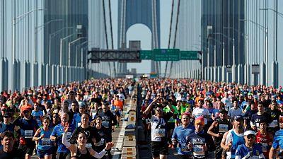 Maratón Nueva York vuelve con número limitado de competidores tras cancelación en 2020 por COVID-19