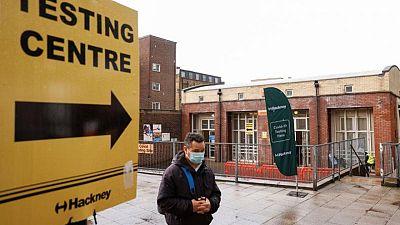 بريطانيا تسجل أكبر عدد للإصابات بكورونا منذ مطلع فبراير