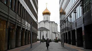 روسيا تسجل حصيلة يومية قياسية لوفيات كوفيد-19