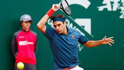 Federer pierde en tres sets ante Andújar en su retorno a las canchas en Ginebra