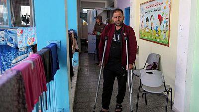في غزة .. فصول مدرسية للأمم المتحدة تتحول لعنابر نوم مع فرار الفلسطينيين من الصراع