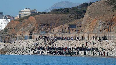 Ministro marroquí vincula las entradas a Ceuta con la hospitalización de líder Polisario